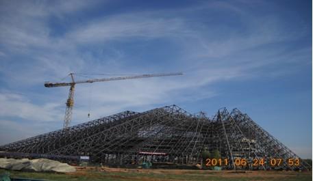 成吉思汗博物馆工程钢结构主体部分顺利完工